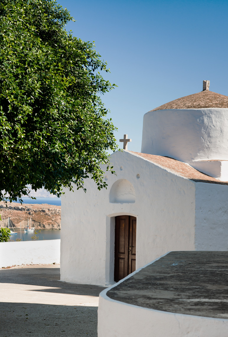 Charming-Small-Church-Whitewash-Lindos-Greece